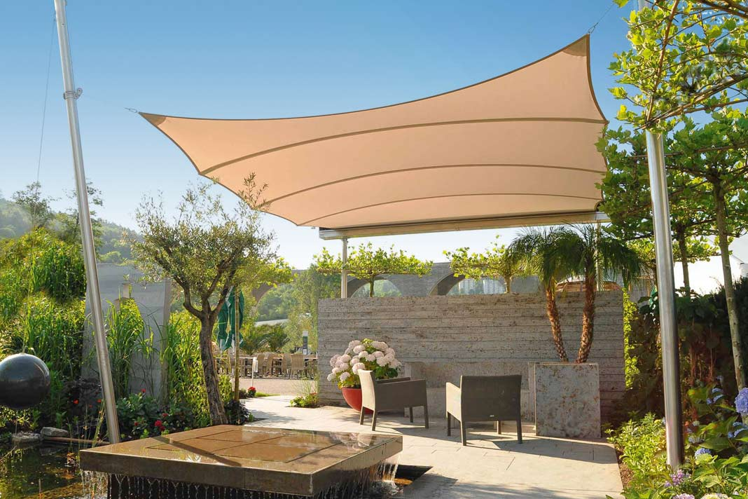 summertime der beste sonnenschutz f r die terrasse. Black Bedroom Furniture Sets. Home Design Ideas