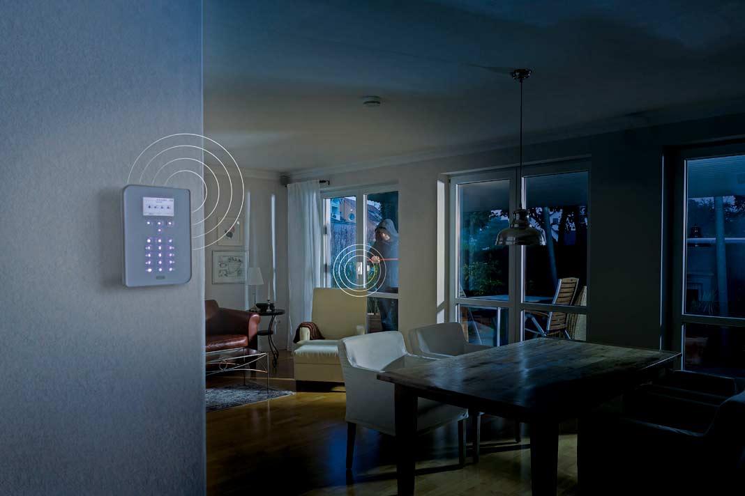 gro es fenster gro er einbruchschutz die besten tipps f r ein sicheres zuhause livvi de. Black Bedroom Furniture Sets. Home Design Ideas