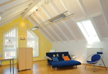 Moderne Dämmstoffe wie Polyurethan sorgen gerade in Wohnräumen unterm Dachür ein ausgeglichenes und behagliches Wohnraumklima.