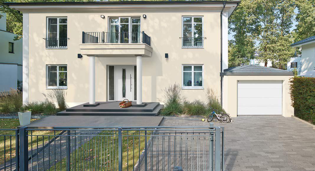 Haustür und Garagentor von Hörmann