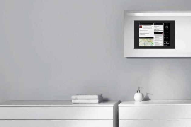 """Mit der Burgbad-App """"b in touch"""" werden Nachrichten, Stau - infos, Termine, E-Mails über das Smartphone oder Tablet direkt auf den Badezimmerspiegel angezeigt."""