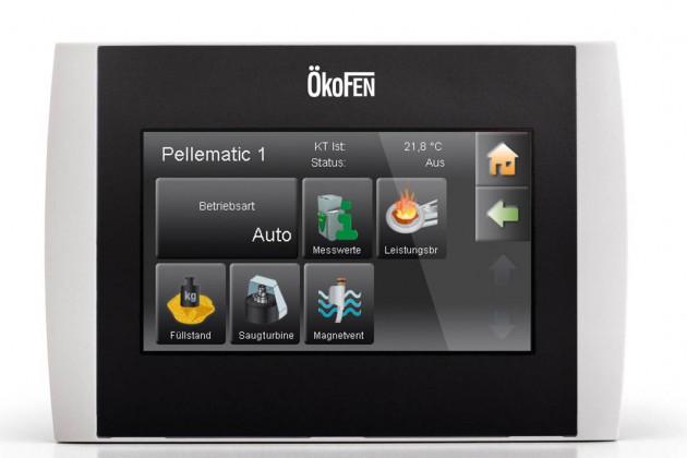 Per Touchscreen die Pelletheizung vom Wohnraum aus steuern.