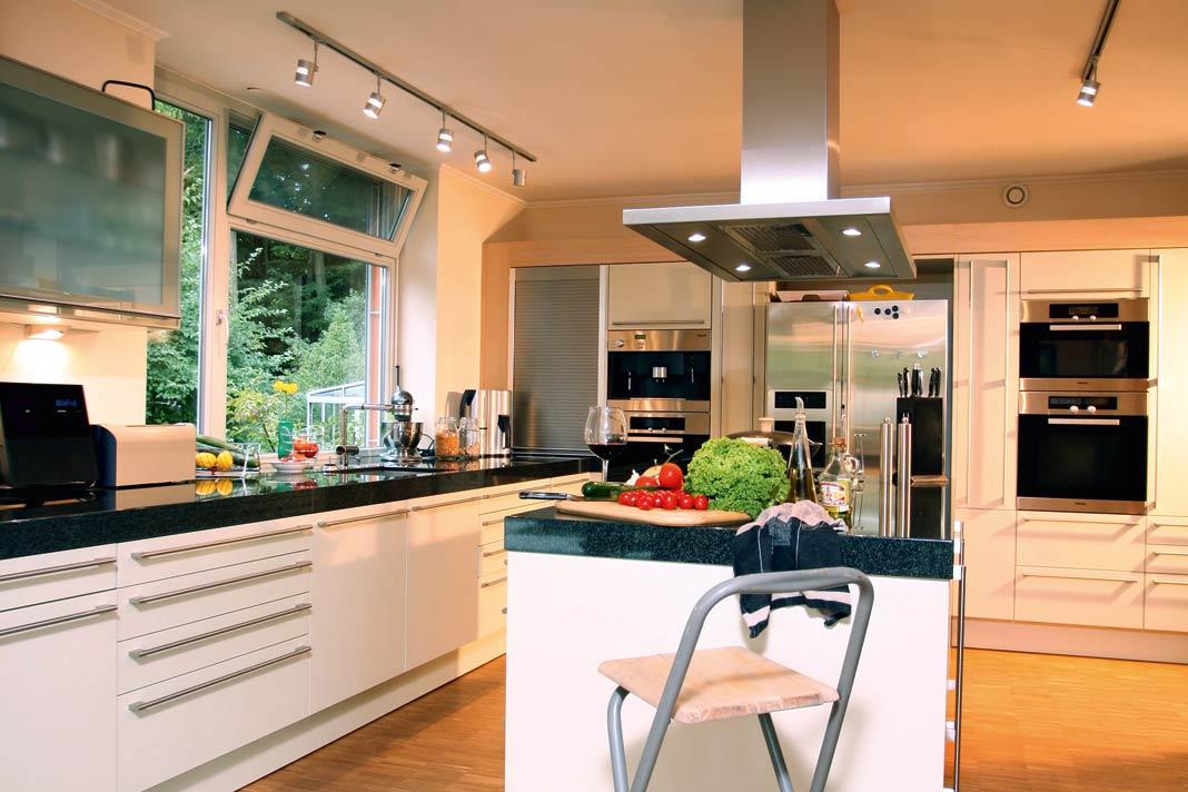 Der umbau zum effizienten bungalow livvi de for Wohnkuche mit kochinsel