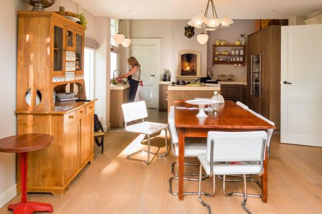 Küche aus massiver Eiche.