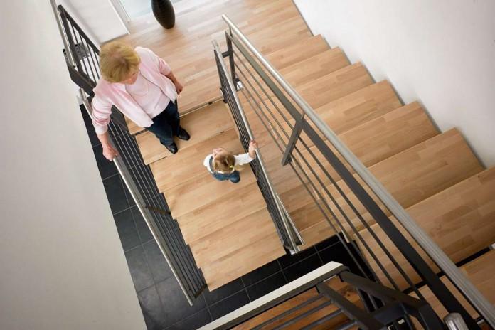 wie sie einer alten treppe einen frischen auftritt verleihen livvi de. Black Bedroom Furniture Sets. Home Design Ideas