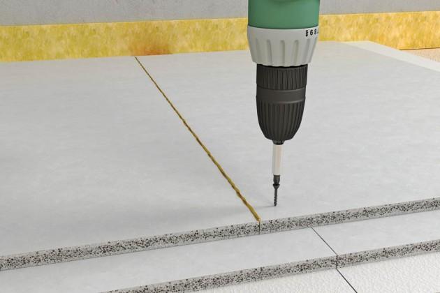Die Elemente werden dann verbunden und auf dafür geeignetem Dämmstoff bzw. der Fußbodenheizung verlegt.