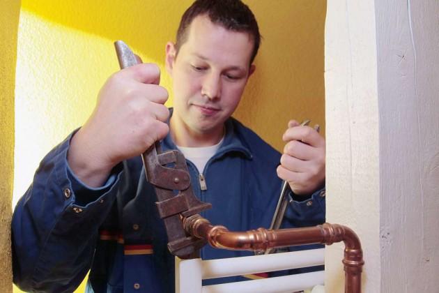 Ältere, nicht voreinstellbare Thermostatventile sollten durch neue auf dem Stand der Technik ersetzt werden.