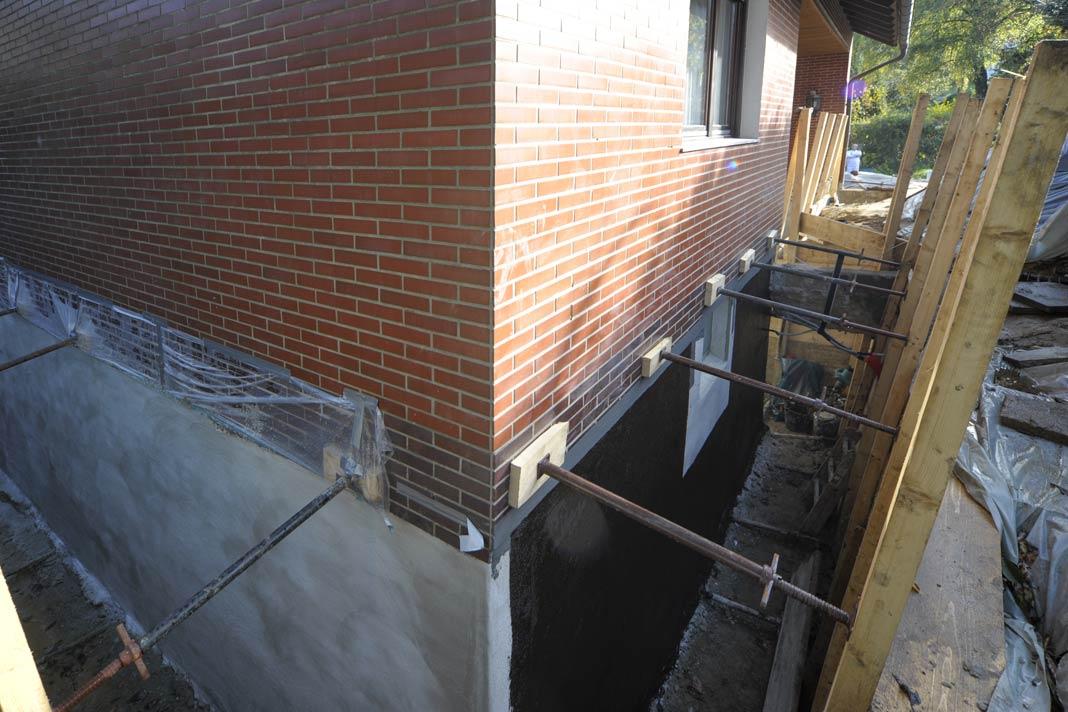 Keller zu Wohnraum umbauen Raus mit der Feuchte LIVVI DE
