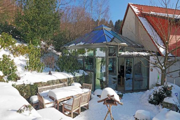 Glashaus im Winter