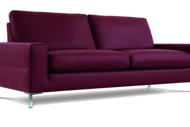 """Trends im Wohnzimmer Sofa """"Loft"""" im Brommbeerfarbton"""