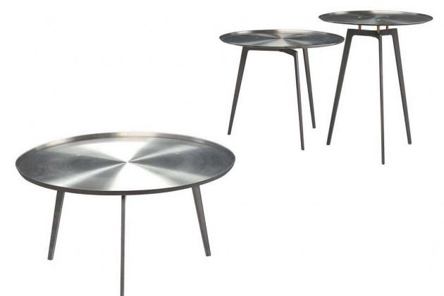 Ganz im Zeichen der Leichtigkeit steht auch der Coffeetable T Gong des italienischen Herstellers Alivar. Inspiriert wurde sein Designer von den Gongs und Klangschalen in Tibet.