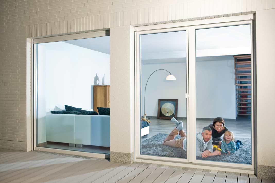 Bodentiefe Fenster für einen Ausblick im XXL-Format. » LIVVI.DE