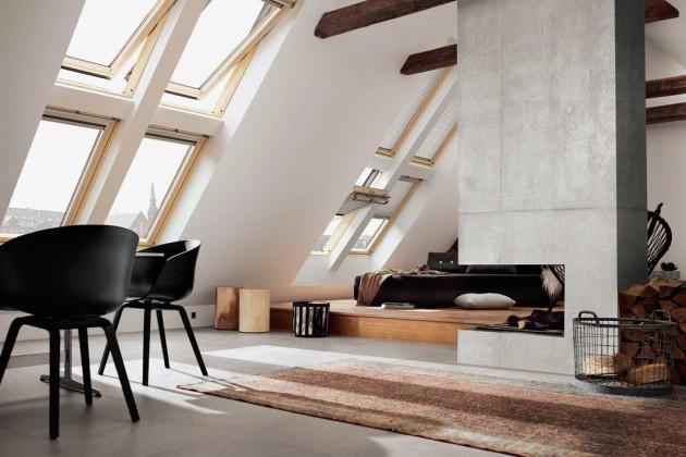 Dachflächenfenster untereinander und nebeneinander angeordnet mit Sonnenschutz.