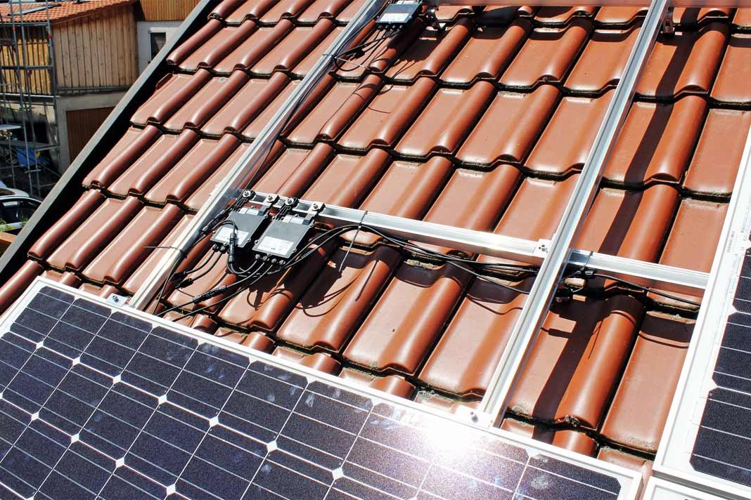 photovoltaik anlage mit stromspeicher sonne nach. Black Bedroom Furniture Sets. Home Design Ideas