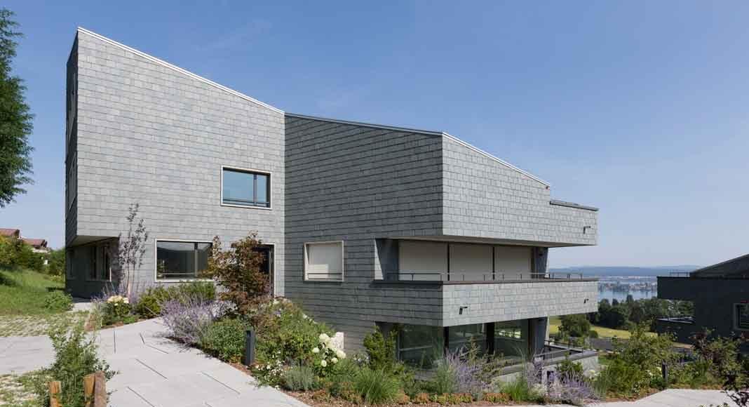 Villa mit Schieferfassade