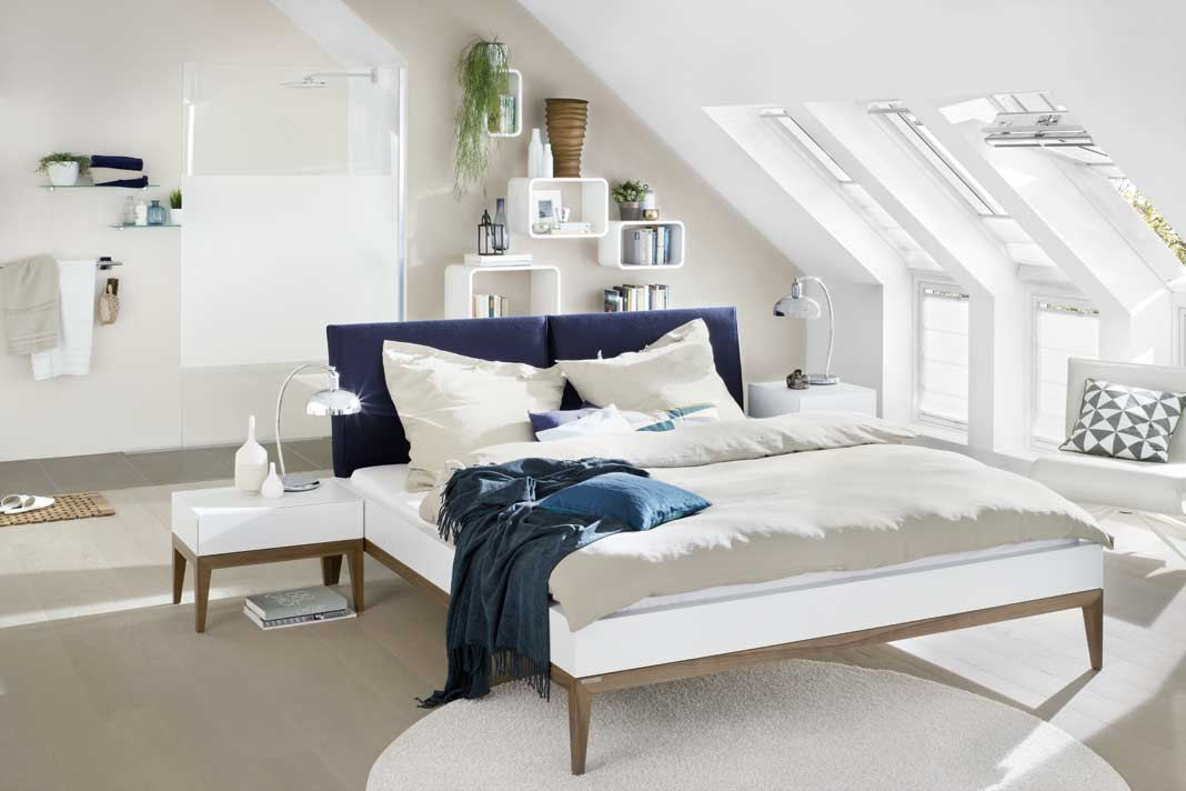 Perfekt ausgestattetes Gästezimmer.