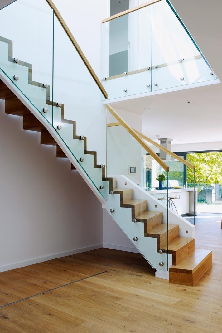mit der galerie als verbindungsbereich zu mehr attraktivit t livvi de. Black Bedroom Furniture Sets. Home Design Ideas