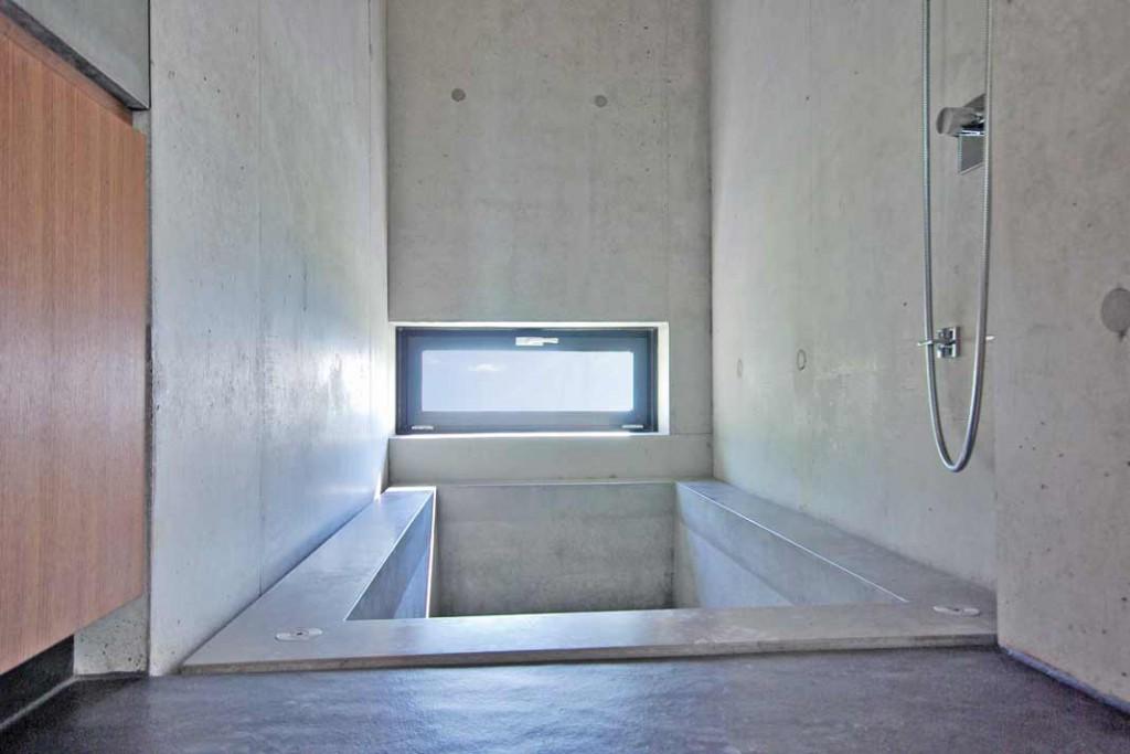 licht pur ein hanghaus am bodensee als lichtf nger. Black Bedroom Furniture Sets. Home Design Ideas