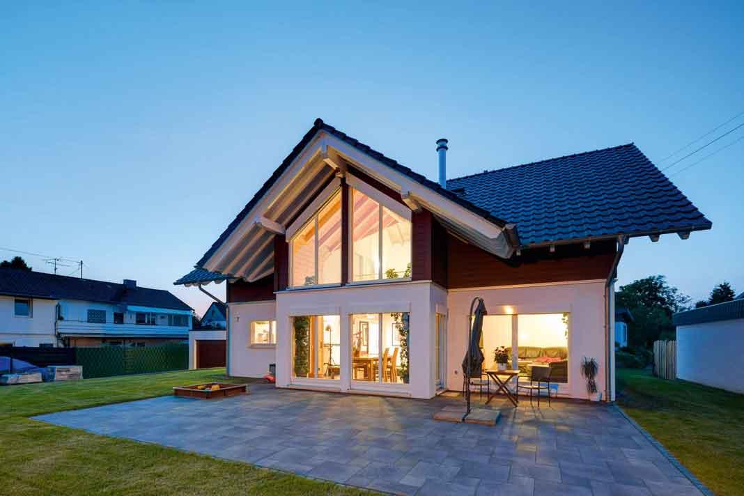 modern leben mit holz unser massivholz zeigt wie es geht livvi de. Black Bedroom Furniture Sets. Home Design Ideas