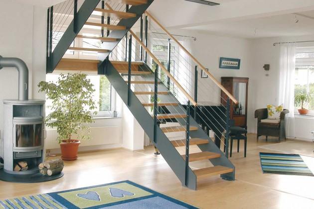 Gerne wird die Podesttreppe für Häuser mit versetzten Wohnebenen verwendet.