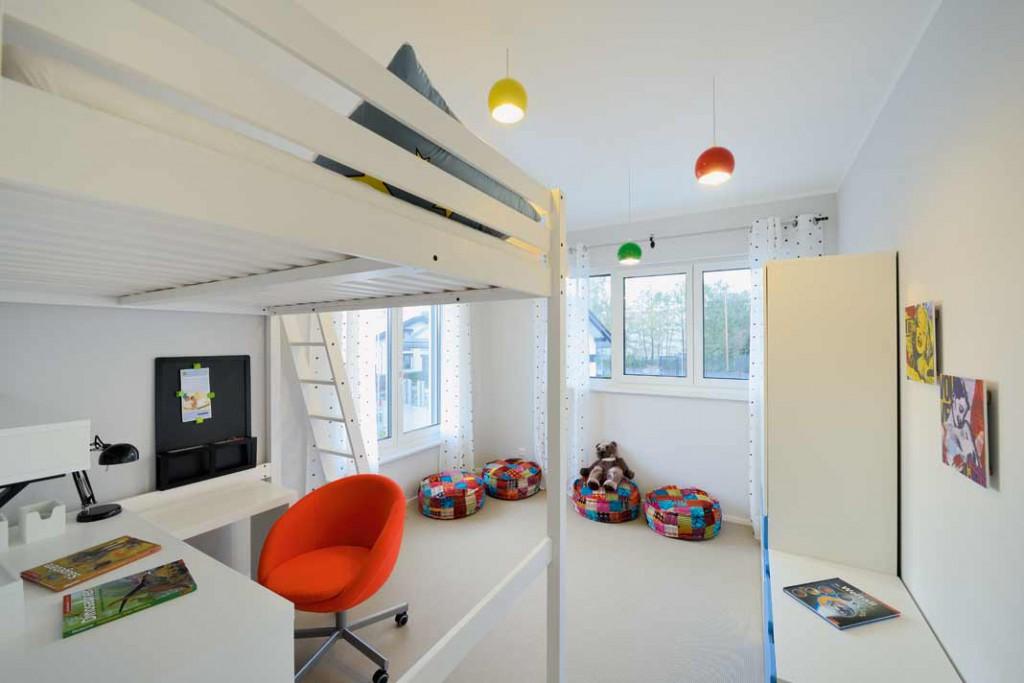 Viel Platz bietet sich auch dem Nachwuchs, der mit intelligenter Aufteilung und Möblierung sich ein perfektes Reich im Obergeschoss schaffen kann. Foto: Repo