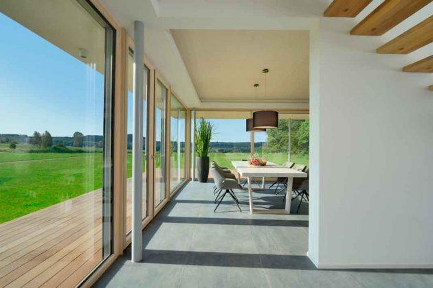 Bauhaus mit Holzelemten
