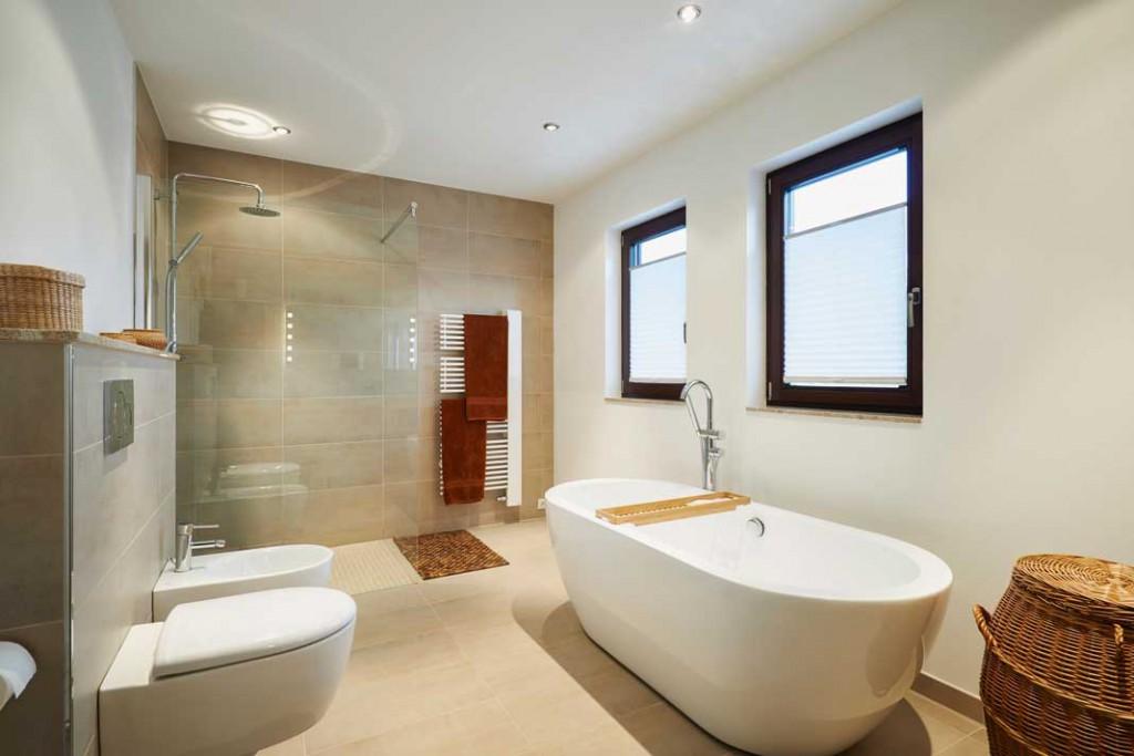 Die exklusive Wellness- Oase bietet entspannte Bade- und Duscherlebnisse