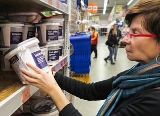 Gesunde Luft im eigenen Zuhause kann durch die Auswahl der Produkte wie Farben und Lacken selbst beeinflusst werden