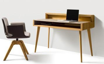 Schreibtisch fürs Homeoffice aus Naturholz erhielt Design-Auszeichnung
