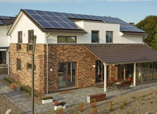 Bei dem modernen Gussek-Musterhaus in der neuen Ausstellung in Wuppertal handelt es sich um ein Plusenergie-Haus.