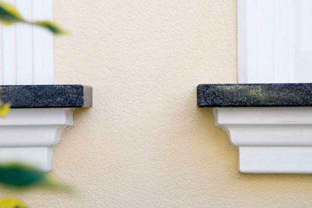 Unter den Fensterbänken kamen spezielle, dreidimensionale Profile zum Einsatz.