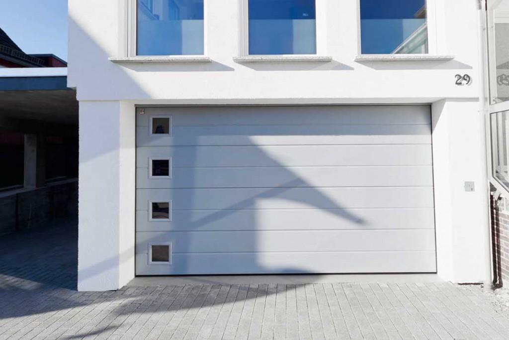 Extrem Tor auf, Tor zu: Für eine Garage gibt es vielfältige Bauweisen und ET59