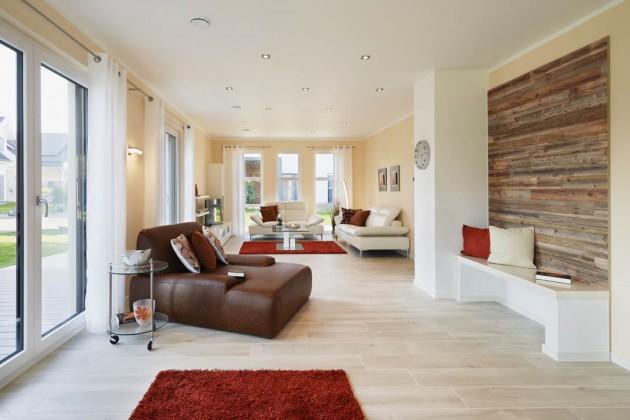 Ein Kaminofen könnte die Gemütlichkeit im Wohnbereich noch weiter fördern.