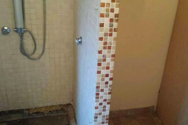 Das alte Badezimmer von Familie Teppner erwies sich als düster.