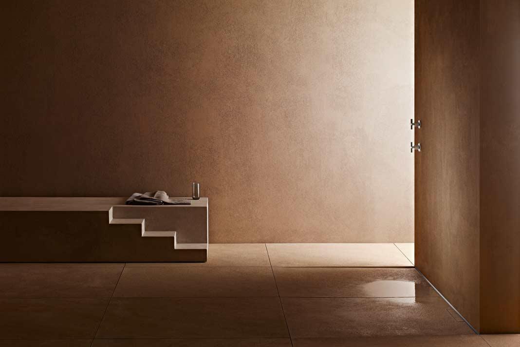 Ein elegant dezenter Wandablauf wie CeraWall mit integriertem Gefälle definiert Komfort und Erlebnis im Bad völlig neu.