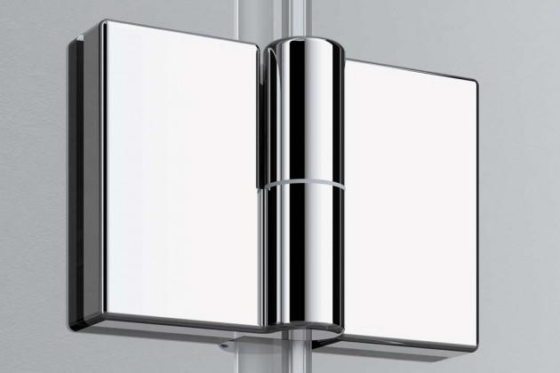 Die Pendel-Falt-Variante der Duschabtrennung Liga ist komplett an die Wand faltbar und damit ein echtes Raumwunder.