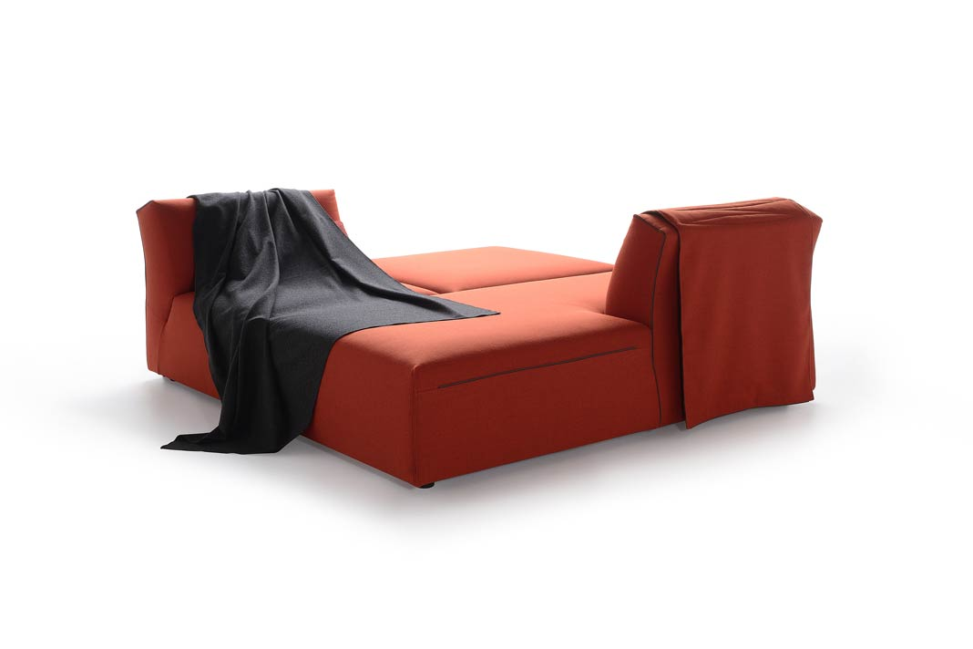 """Höchst kreative Sitz- und Liegemöglichkeiten bietet auch """"Thea"""""""