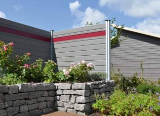 Verbundwerkstoff: Bei der Multi-Fence Creativ kann man die Sichtblende durch blickdichte, rote Creativ-Lamellen oder lichtdurchlässige Glaselemente auflockern.