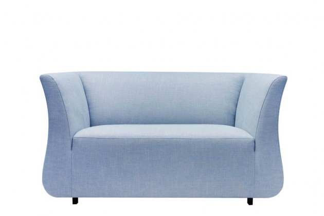 "Ganz up to date in der Trendfarbe ""Serenity"": der ""Donna Lovechair""."