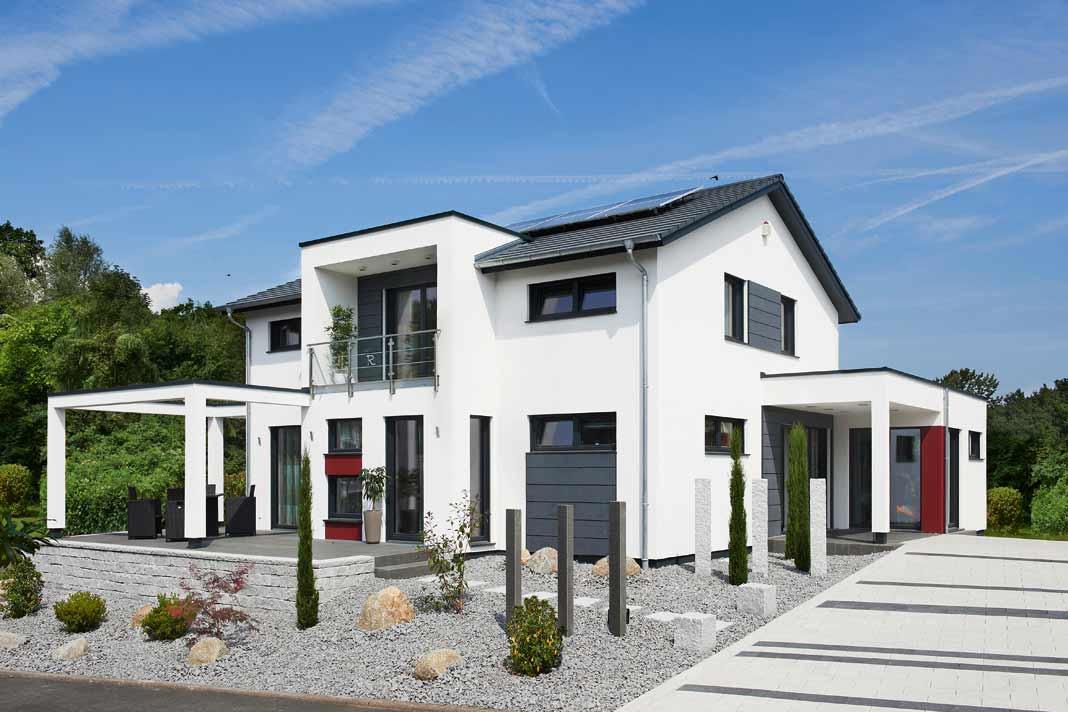 Wände, Decken und Dach sind mit Zellulose ausgeflockt, bestehend aus recyceltem Papier.