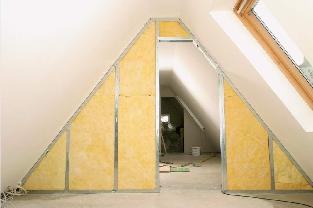 ein dachgeschoss ausbau f r eine effizientere nutzung livvi de. Black Bedroom Furniture Sets. Home Design Ideas