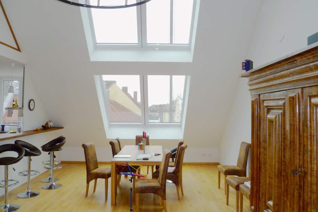 Ob man sich in Räumen wohlfühlt, hängt ganz entscheidend von den Lichtverhältnissen ab.