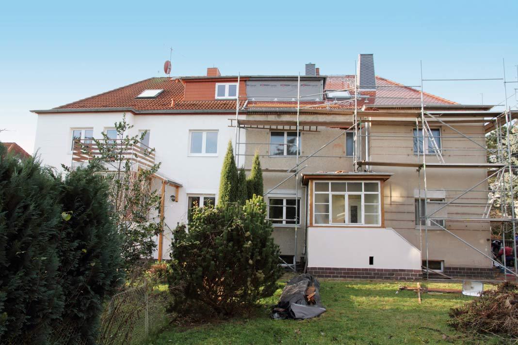Die rechte Doppelhaushälfte vor der energetischen Modernisierung.