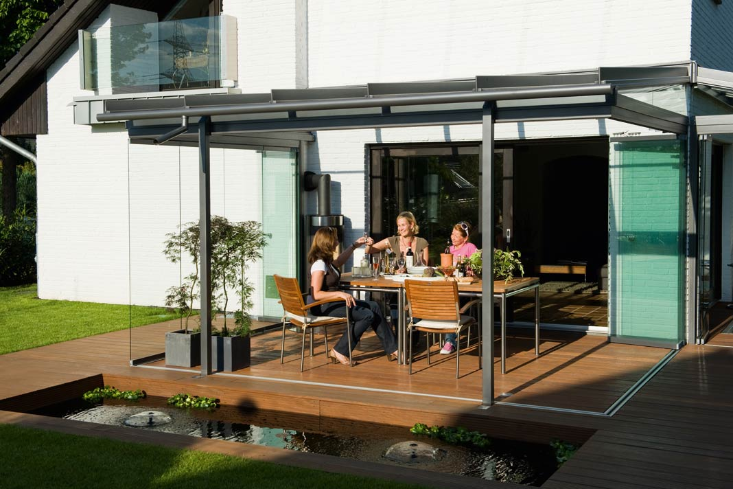 moderne markisen als blickfang und sonnenschutz zugleich livvi de. Black Bedroom Furniture Sets. Home Design Ideas