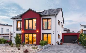 In Europas größter Klimaschutzsiedlung, dem zero:e Park bei Hannover, realisierte Familie Fröhlich ein Passivhaus.