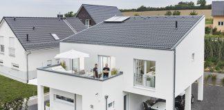 Das Pultdach verleiht diesem Neubau seinen besonderen und exklusiven Charakter. Foto: WeberHaus
