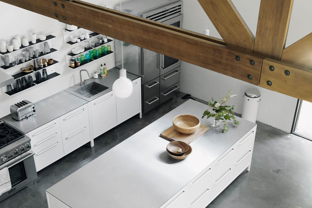 Die Vipp Küchenmodule sind wie eine Konfiguration von Bauklötzen.