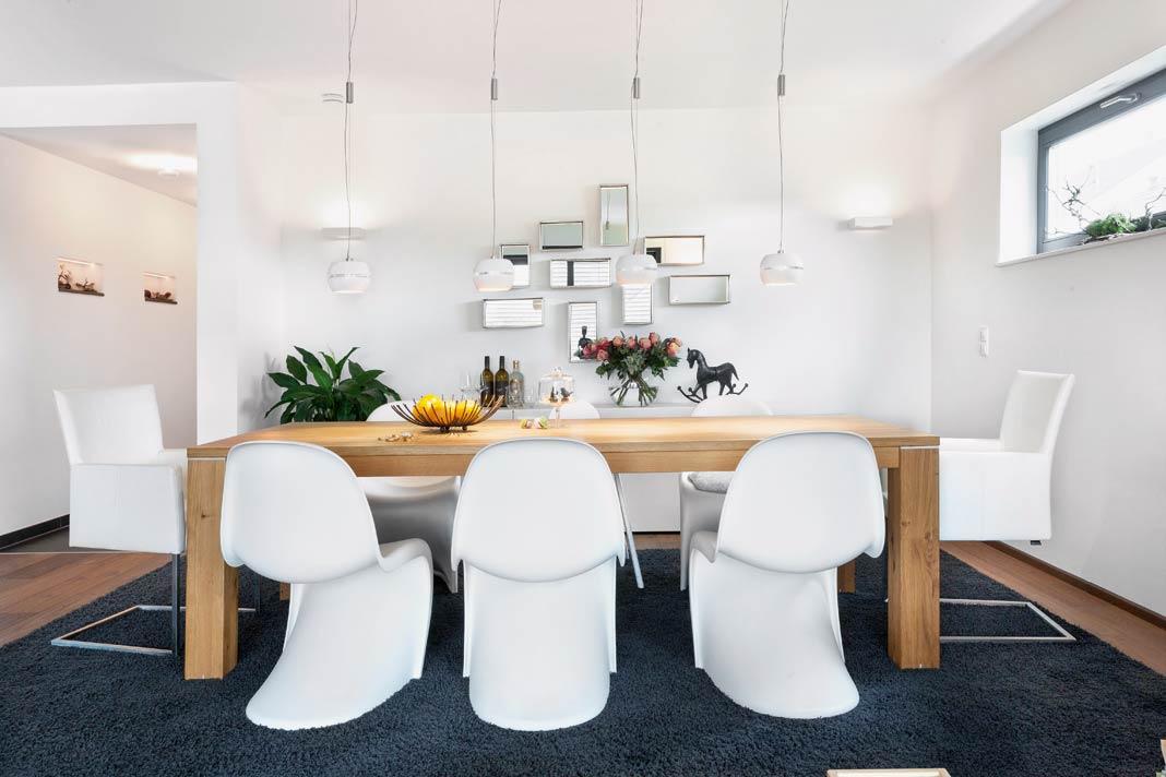 Modern, klar und gleichzeitig sehr stimmungsvoll wirken die Räume.