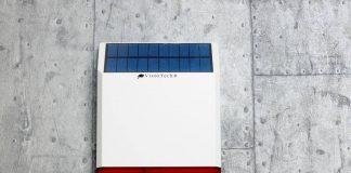 Die Solar-Alarmanlage löst akustischen und optischen Alarm aus. Foto: Pearl GmbH