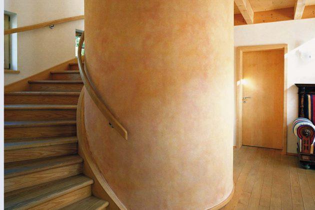 Sind kreative Architektinnen und Architekten am Werk, gewinnt die Wohnlandschaft mit der Integration eines Großspeichers.